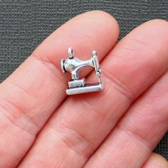 5 Sewing Machine Charms Antique  Silver Tone by BohemianFindings