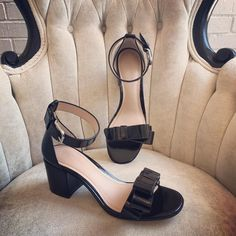 Hello lover... #betsykingshoes #paseoartsdistrict #thatsdarling #shoplocal #pourlavictoire