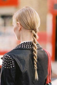 Twisty rope ponytail