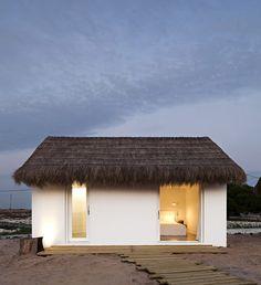 Casa Areia by Aires Mateus Architects