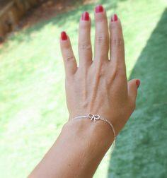 Cadeau de demoiselle d'honneur par bracelet Bow par JulJewelry 16.53 euros