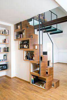 treppenhaus gestalten offene schrnke stauraum kreative wohnideen - Offenes Treppenhaus Gestalten