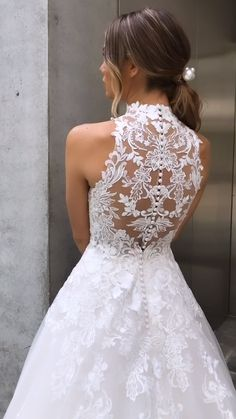 27 Fantasy Wedding Dresses From Top Europe Designers ★ Looking for interesting bridal gowns? Open our gallery and see fantasy wedding dresses from top Europe designers ★ Fantasy Wedding Dresses, Wedding Dress Chiffon, Wedding Dresses 2018, Country Wedding Dresses, Wedding Dress Trends, 2017 Wedding, Gown Wedding, Wedding Dresses Detachable Skirt, Beautiful Wedding Dress