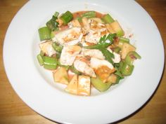 Chicken Apple Ginger Salad $10 Healthy Meal Challenge #NoKidHungry #Walmartgiving, chicken breast, red and green apples, celery in a ginger dressing (rice wine vinegar, soy sauce, ketchup, red onion), under $10