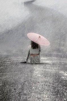 Woman On The Street foto di Joana Kruse