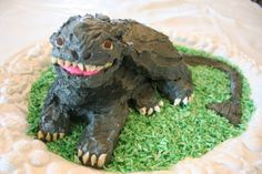 Toothless Cake. How to Train Your Dragon Cake & Party