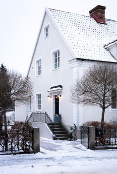 Winter Garden ❉ - Home ⌂ Am B-berg - # Gate Design, House Design, House Of Philia, Sweden House, Brick Patterns Patio, Olive Garden, Villa, House Windows, Scandinavian Home