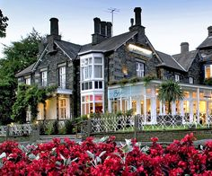 Waterhead - stylish 4 Star town house hotel on the lake shore, near Ambleside, in the Lake District. Windermere, Cumbria, Lake District, Townhouse, Places To See, Britain, Building A House, Beautiful Places, England