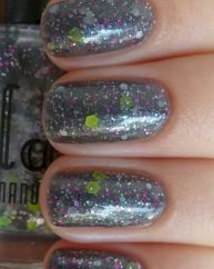Sturm Und Drang swatched by Depend on Sun