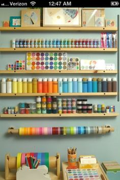 *sigh* I just wish I had enough art supplies to do this!