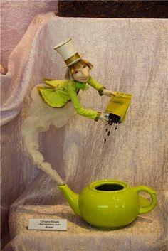 Tatyana Sharf started doing dolls in Clay Dolls, Art Dolls, Floating Tea Cup, Teacup Crafts, Diy And Crafts, Arts And Crafts, Cup Art, Ideias Diy, Paper Clay