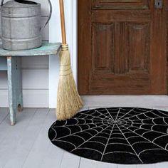 Best Halloween Craft Ideas - DIY Spiderweb Mat