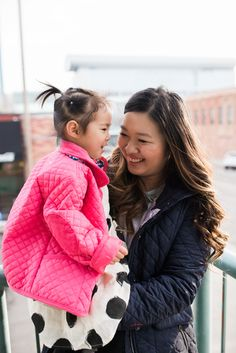 Mommy and Me Rain Jackets | Mommy and Me Rainy Day Outfit | mommy and me outfit ideas | mommy and me fashion | mommy and me style | mother daughter style ideas | spring mommy and me fashion | rainy day style for moms and daughters || Sandy A La Mode