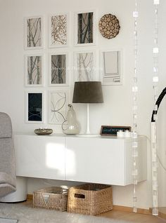 Use a BESTA cabinet as a sleek console table by mounting it on the wall like thi. - Ikea DIY - The best IKEA hacks all in one place Home Interior, Interior Styling, Interior Design, Home Living Room, Living Spaces, Floating Cabinets, Wall Cabinets, Storage Cabinets, Cute Dorm Rooms