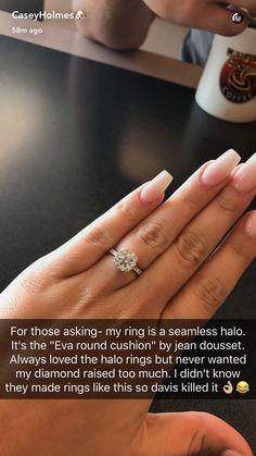 Like her nail shape. ~j