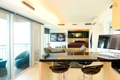 Modern HK flat with harbor view - Get $25 credit with Airbnb if you sign up with this link http://www.airbnb.com/c/groberts22