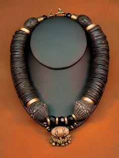Necklace Choker Jewelry Jewellery 34.jpg 528×700 pixels