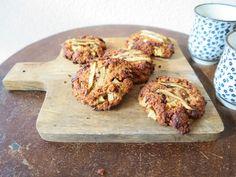 SUPERSNELLE PEER-HAVER KOEKJES  De peer en hazelnoten passen goed bij elkaar. Gecombineerd met havermout zorgen deze ingrediënten in deze koekjes voor een energie-boost voor de rest van de dag.