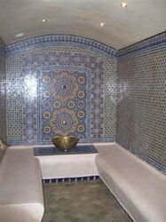 Hammam Sauna Steam Room, Steam Bath, Sauna Room, Moroccan Bathroom, Moroccan Tiles, Salon Interior Design, Interior Decorating, Sauna Hammam, Bathroom Showrooms