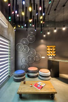 Image 8 of 19 from gallery of Peacock Technology / . Photograph by Bhavesh Raghavani Coffee Shop Interior Design, Coffee Shop Design, Cafe Design, Outdoor Restaurant Design, Restaurant Interior Design, Home Room Design, House Design, Deco Cafe, Cafe Wall