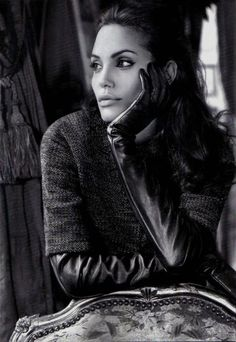 Очаровательные губы — это Анжелина Джоли!