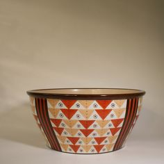 Bowl designed by Nora Gulbrandsen for Porsgrund, Norway Nordic Design, Scandinavian Design, Bowl Designs, Modern Classic, Norway, Art Deco, Pottery, Clay, Ceramics