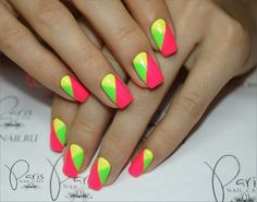 Contrast manicure with such iridescent tints of geometric pattern looks bright…