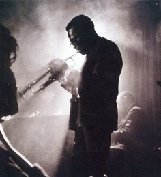 Miles Davis at Birdland, New York City, 1958 by Dennis Stock Miles Davis, Billy Holiday, Nova Orleans, Thing 1, Jazz Musicians, Jazz Artists, Jazz Blues, My Prince, Photojournalism