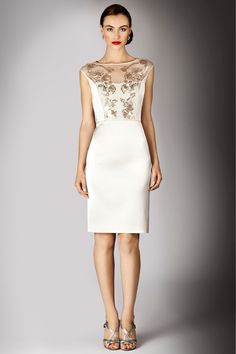Dress For A Slim Body At Christmas : Elegant White Dress Sleveeless For A Slim Body At Christmas 2014