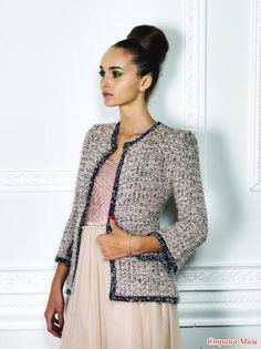 Вязаное платье крючком шанель