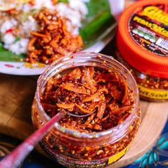 Feel the crunchy of Malaysia sambal bilis original recipe. Come in 2 flavour. Original and spicy Can eat with rice or bread. Halal Recipes, Original Recipe, Spicy, Curry, Bread, Canning, The Originals, Food, Curries