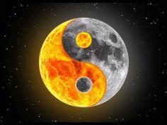 gorgeous image of the sun and the moon (ying yang) Arte Yin Yang, Ying Y Yang, Yin Yang Art, Symbole Ying Yang, Yen Yang, Foto Logo, Ying Yang Symbol, Image Zen, Naruto And Sasuke