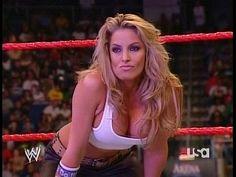 Former WWE Diva Trish Stratus damn she looks good ! Wrestling Superstars, Wrestling Divas, Women's Wrestling, Wwe Divas, Wwe Total Divas, Barbie Blank, Trish Stratus, Wwe Trish, Mickie James