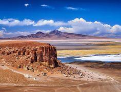 Quer saber como foi o nosso roteiro de viagem no Atacama e Salar de Uyuni? Divulgamos hoje no blog o que fizemos em cada dia das 2 semanas que estivemos nessa região maravilhosa! Acesse http://ift.tt/2dZwjvZ  Vista do mirante 360 no passeio do Salar de Tara que fizemos com a @aylluatacama. #NerdsNoAtacama