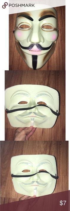Halloween mask adjustable elastic band new! Perfect costume mask, dj dsk represents scary ghost, guns, monster Costumes Halloween