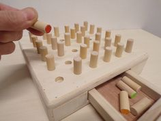 Matching game, color match game, game of concentration, peg game, tabl… Tabletop Board Games, Wooden Board Games, Wood Games, Game Boards, Fun Party Games, Diy Games, Social Skills Games, Concentration Games, Diy Table Top
