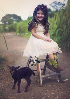 Het Olivia IVOOR bloemenmeisje Lace Dress door kailynzoeandco