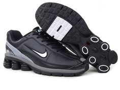 Mens Nike Shox R6 Shoes Black would bring both comfort and durable for their wearers. The aims of the model is giving you the most comprehensive protection and a comfortable wearing experience due to the six columns nike shox at the heel for responsive cushioning