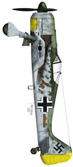 Fw-190 => Weitere Informationen: https://www.pinterest.com/marseille109/aircraft-focke-wulf-fw-190-w%C3%BCrger/