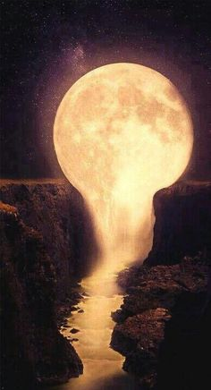 Beautiful moon melting into the water.