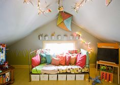 Google Image Result for http://static.ddmcdn.com/gif/decorated-kids-playroom-515x365.jpg