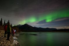 Extreme Northern Lights are in the forecast! Here's how to take the best digital photos.  Also a GREAT photography blog for all you Alaskaphiles.