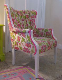 don't particularly like the fabric but wanted to showcase the change in look when frame painted and unexpected fabric used Upholster Chair, Reupholster Furniture, Chair Upholstery, Furniture Redo, Wingback Chair, Floral Chair, Floral Fabric, Comfortable Accent Chairs, Chair Makeover