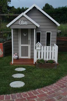 THE SPENCER CUBBY HOUSE- so cute !! | eBay