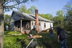 The Macon Area HFH learned from its Akron, OH peer affiliate to solve a neighborhood challenge.