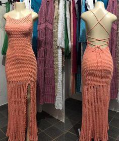 Um Blog pra voce entrar, olhar e se apaixonar... Crochet Clothes, Diy Clothes, Clothes For Women, Crochet Woman, Crochet Top, Crotchet Dress, Hippie Crochet, Wedding Dress Patterns, Crochet Fashion