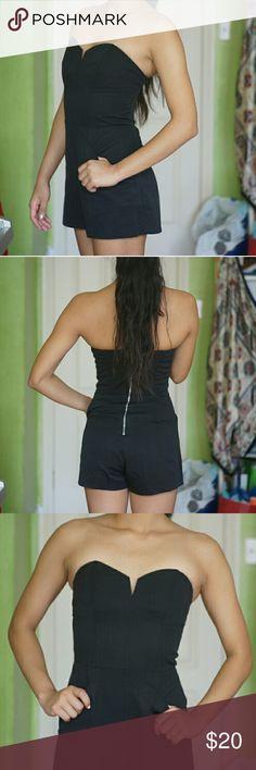 SOLD. NWT H&M Black romper NWT H&M BLACK ROMPER  WITH POCKETS ???? Pristine :) Zippered back :) H&M Dresses