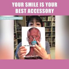 Try this easy pose and improve your smile! Face Exercises Cheeks, Facial Yoga Exercises, Yoga Facial, Neck Exercises, Facial Muscles, Face Yoga Method, Double Chin Exercises, Beauty Tips For Glowing Skin, Face Wrinkles