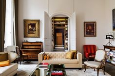 In Veuve Cliquot's Hôtel du Marc, in Reims, France, Moinard fitted the living room with a New Delhi sofa and a Miami sofa — both designed by 4BI and realized by Atelier Philippe de Coudray. Jacques PEPION-Veuve Cliquot. All photos © Jacques Pépion