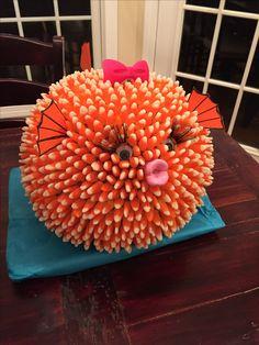 Made with 1300 candy corn's! Made with 1300 candy corn's! Halloween Treats, Halloween Pumpkins, Fall Halloween, Halloween Decorations, Halloween Makeup, Halloween Party, Pumpkin Decorating Contest, Pumpkin Carving Contest, Pumpkin Carvings